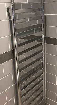 en suite towel rail